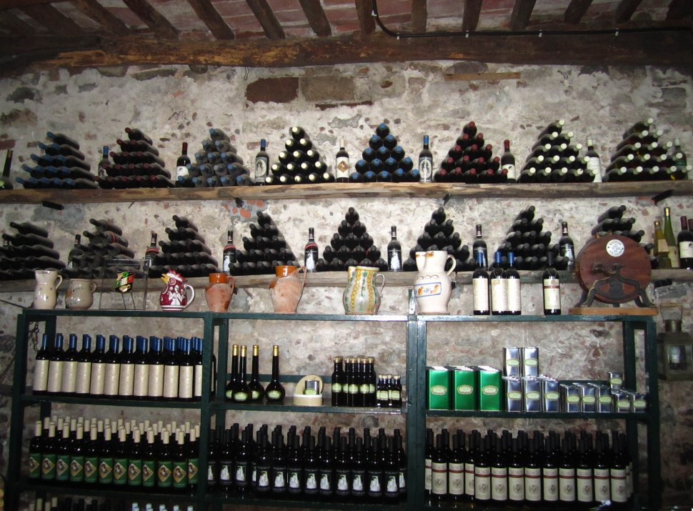 fattoria-wine-room
