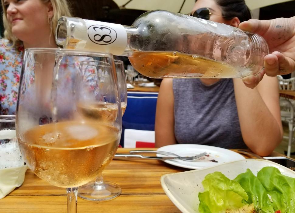 seaspice-wine-pour.jpg